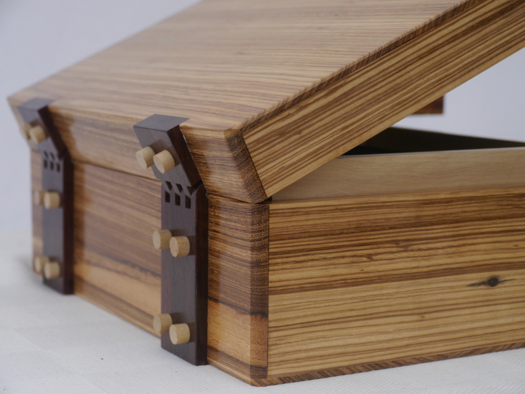 Solid Stripped Sheesham Luxury Jewellery Box
