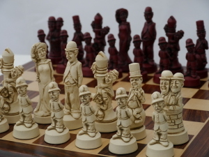 Berkeley Chess Ltd - Movie Stars Chess Set - Ivory and Red