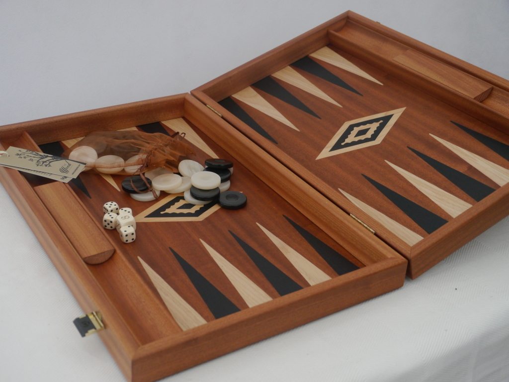 Manopoulos Backgammon - in Mahogany with Wenge and Oak Points - 60cm