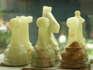 Beautiful Green and White Marble Chess Set with superb heavy marble Board