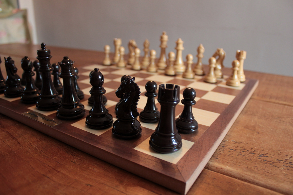 Triple Player Chess Board : Gift package championship triple weighted chess set