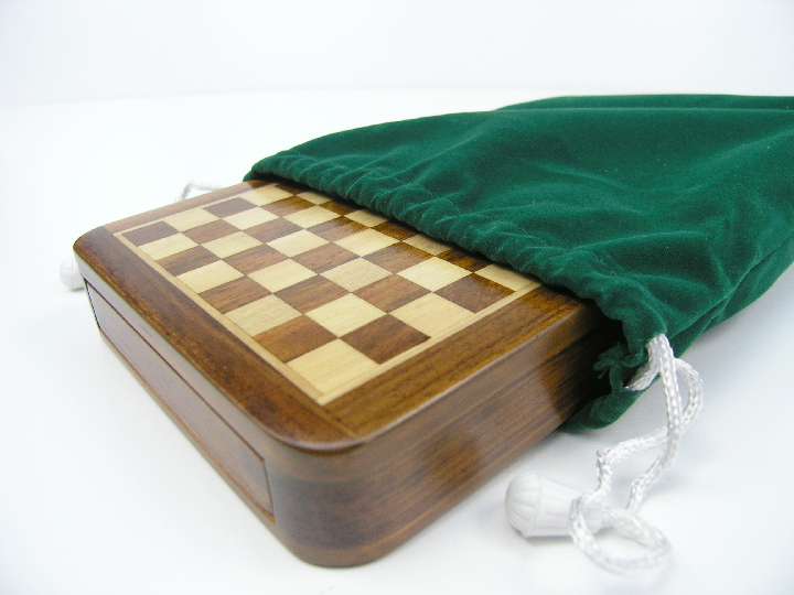 Quality Magnetic 7.5 inches x 7.5 inches Chess Set