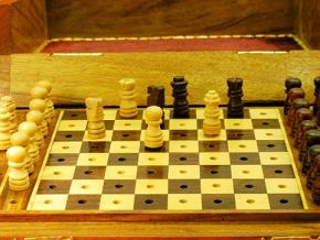 Large 10 inch x 7 inch Pegged Travel Chess Set