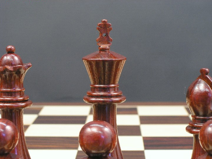 The Earl Anthony Bud Rosewood Staunton Chess Set