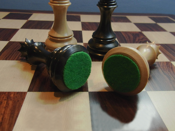 The Staunton Bellagio Ebony Chess Pieces