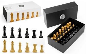 Magnus Carlsen World Championship Chess Set