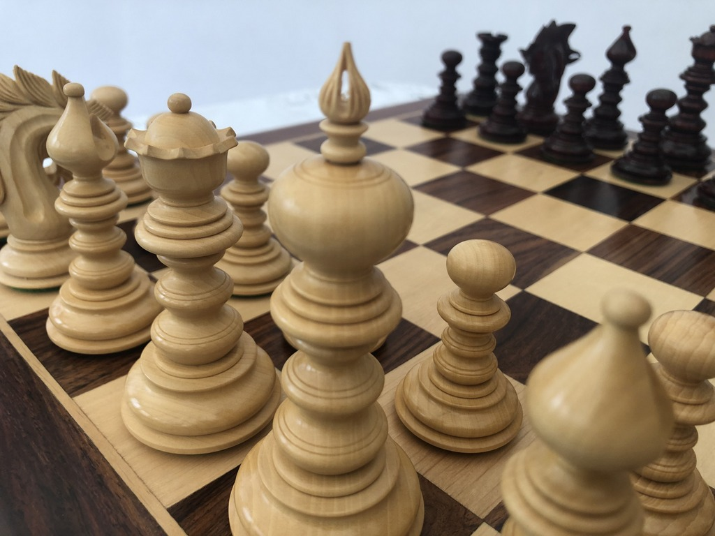 The Salvador Bud Rosewood Limited Edition Chess Set