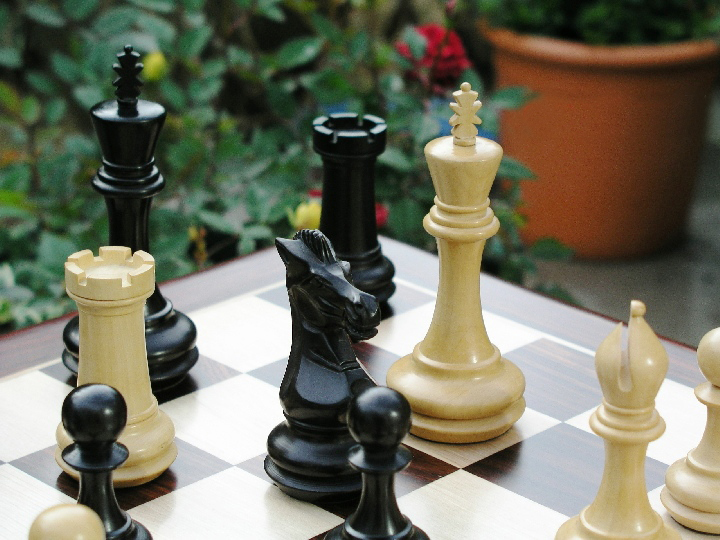 Chamfered Base Triple Weighted Staunton Ebonised - 5 inch King Chess Pieces