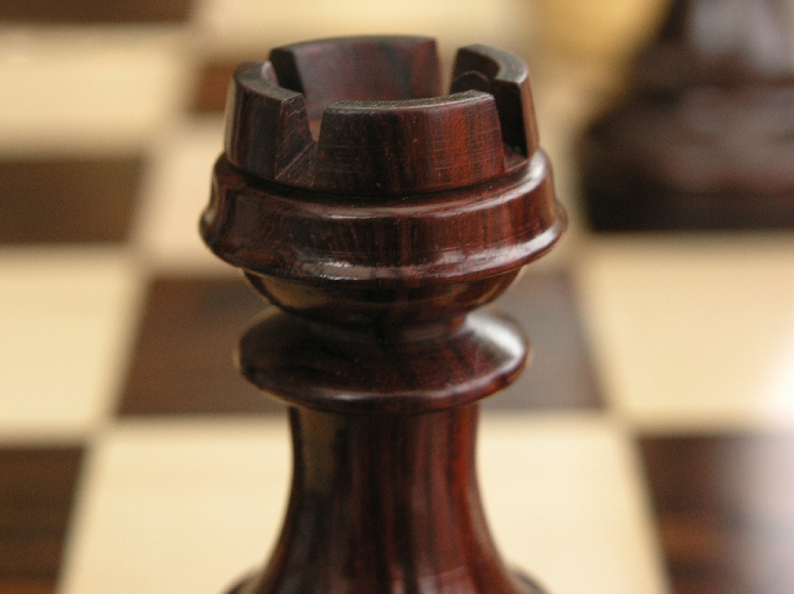 Old Deuteronomy Triple Weighted Bud Rosewood Staunton Chess Pieces