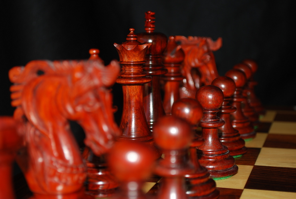 The Zacharus Bud Rosewood Chess Pieces